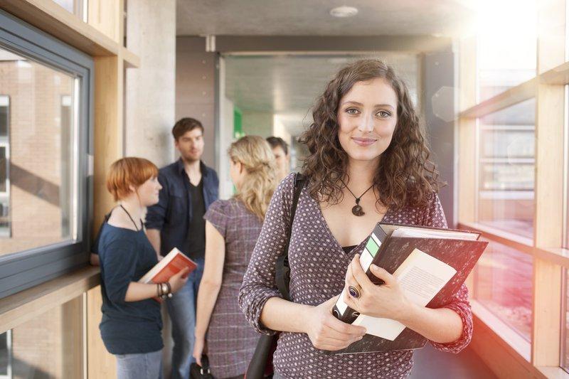Studienfinanzierung mit elternunabhängigem BAföG