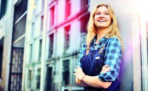 Azubi-Knigge: So klappt der Start ins Berufsleben